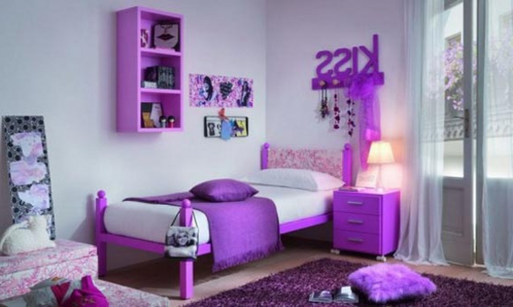 5 tips in small bedroom ideas for teenagers for Idea bedroom